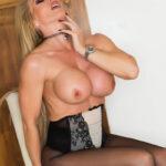 Lynda Leigh porn star milf free pictures